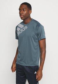 adidas Performance - T-shirt con stampa - dark blue - 2