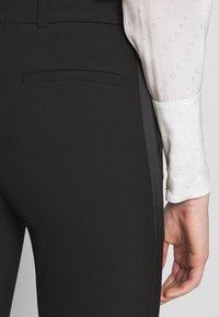Victoria Victoria Beckham - SPLIT HEM TUXEDO TROUSER - Spodnie materiałowe - black - 6