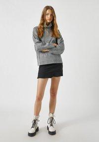PULL&BEAR - A-line skirt - black - 1