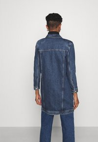 ONLY - ONLSMITH PADDED - Short coat - light blue denim - 2