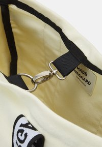 Mads Nørgaard - HEAVY TOOLY - Tote bag - off white - 3