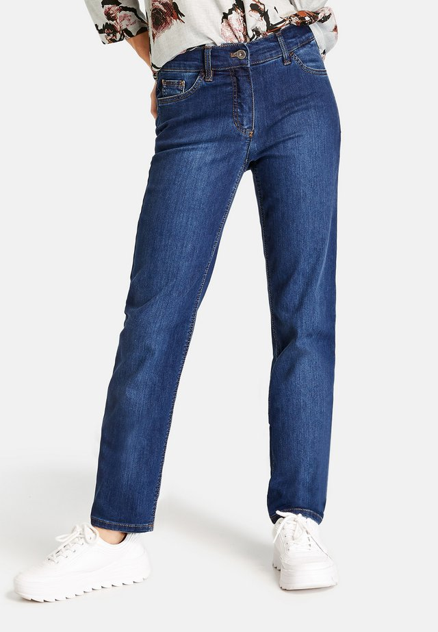 MIT STRETCHKOMFORT - Straight leg jeans - dark blue denim mit use