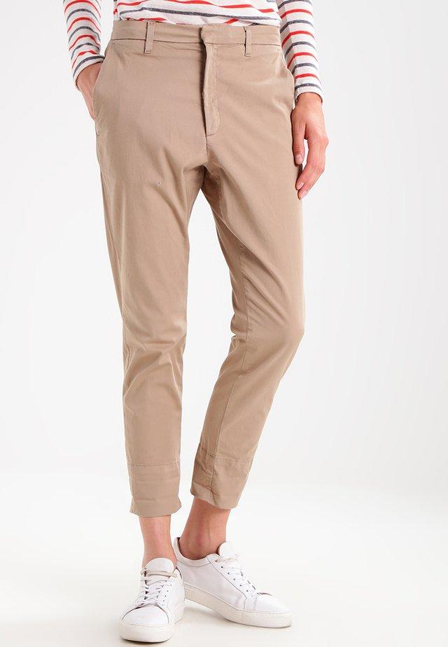 NEWS - Chino kalhoty - khaki beige