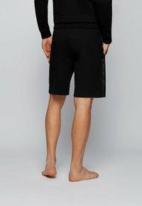 BOSS - HERITAGE - Shorts - black - 2