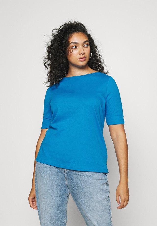 JUDY - Basic T-shirt - summer topaz