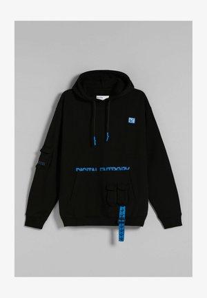 UTILITY POCKET MIT KAPUZ - Sweatshirt - black