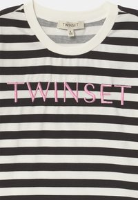 TWINSET - Print T-shirt - riga off white/nero/rose bloom - 2