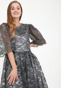Madam-T - SNEZANA - Cocktail dress / Party dress - grau - 4