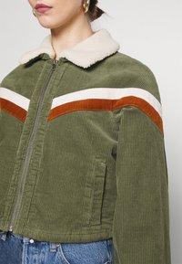 Cotton On - RETRO JACKET - Light jacket - khaki - 5