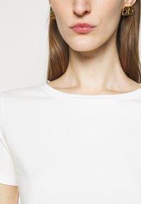 WEEKEND MaxMara - Basic T-shirt - weiss - 5