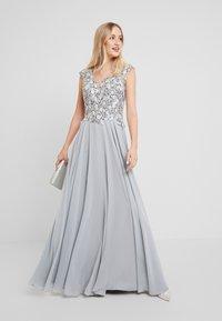 Luxuar Fashion - Robe de cocktail - silber grau - 2