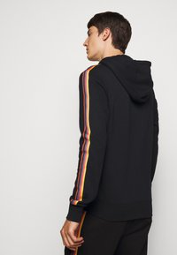 Paul Smith - GENTS ZIP THROUGH TAPED SEAMS HOODY - Mikina na zip - black - 2