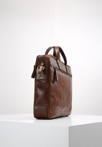 Fossil - HASKELL - Ventiquattrore - cognac - 3