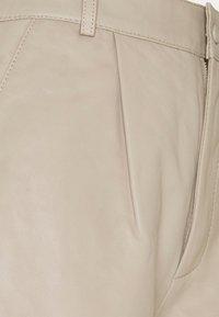 Gestuz - NIOA - Shorts - pure - 5