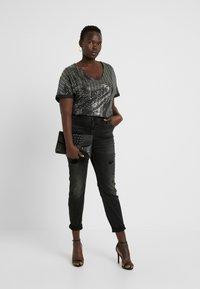 Vero Moda Curve - Jeans Skinny - black - 1