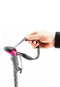 Leki - MICRO VARIO CARBON - Other accessories - blau / pink - 0