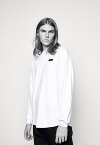 GCDS - ROUND LOGO TEE - Long sleeved top - white - 4