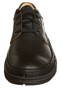 Clarks - NATURE THREE - Zapatos con cordones - black - 3