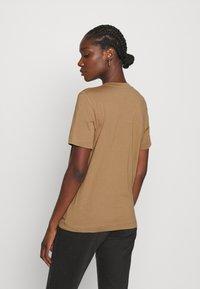 ARKET - Basic T-shirt - beige - 2