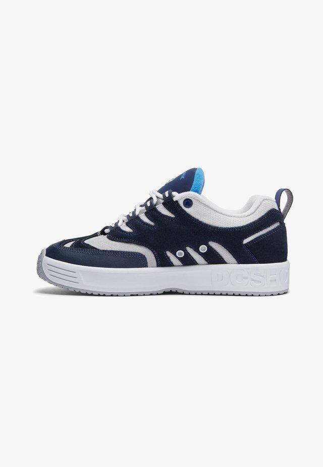 LUKODA - Sneakers laag - navy/grey