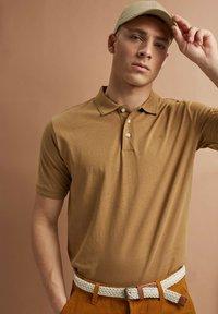 Esprit - Polo shirt - camel - 8