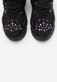 N°21 - BILLY - Zapatillas - black - 6