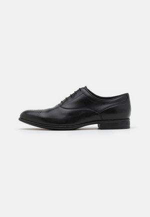 IACOPO - Stringate eleganti - black