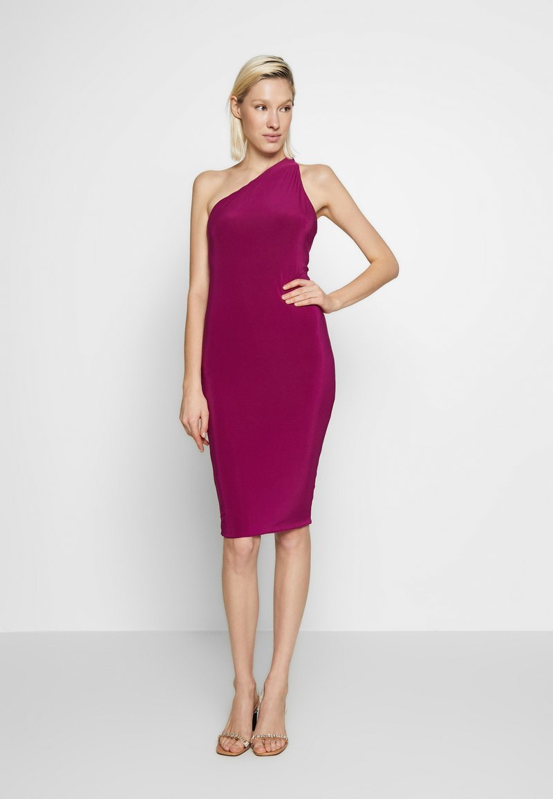 Club L London - ONE SHOULDER RUCHED BUM MIDI DRESS - Cocktail dress / Party dress - berry
