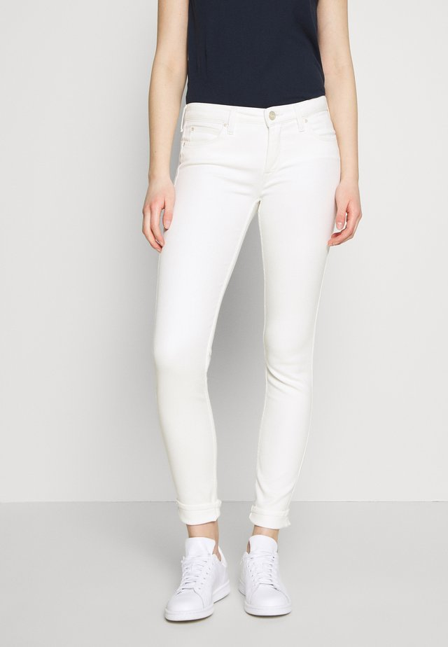 SCARLETT BODY OPTIX - Jeansy Skinny Fit - ecru