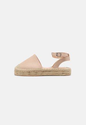 Sandalias - off white