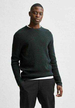 Stickad tröja - dark green  mottled green