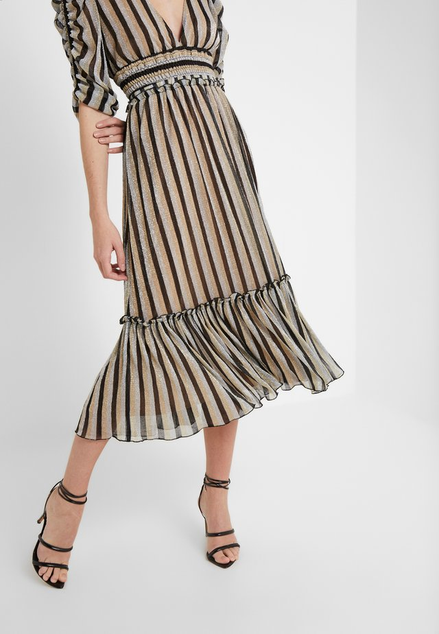 ELISSA METALLIC STRIPE RUFFLED MIDI SKIRT - Falda acampanada - black/gold