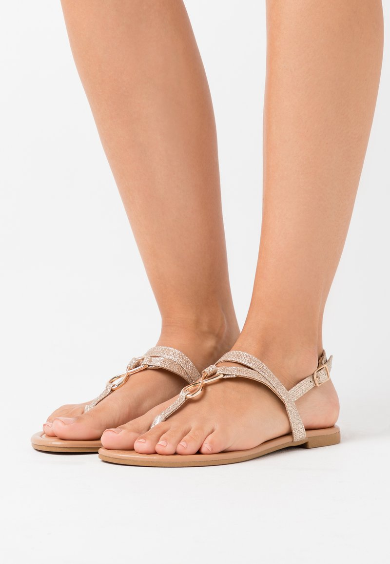New Look - HOOPER GLITTER LI TOEPOST - Flip Flops - rose gold