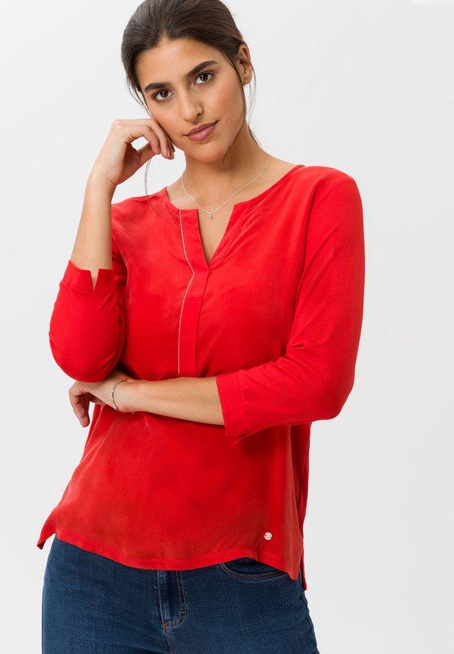 STYLE CLARISSA - Maglietta a manica lunga - chili