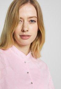 Daily Sports - UMA - T-shirt z nadrukiem - pink - 3