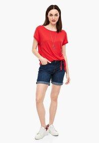 s.Oliver - KURZARM - Basic T-shirt - luminous red - 1