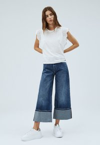 Pepe Jeans - CLARA - Basic T-shirt - off-white - 1