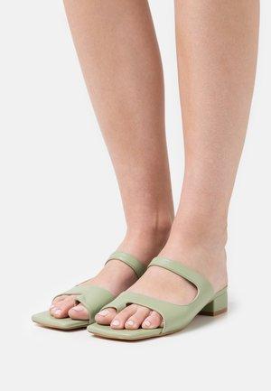 JOY - T-bar sandals - green