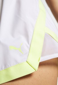 Puma - BE BOLD SHORT - Pantalón corto de deporte - white - 6
