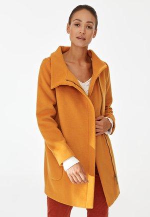 NEDISA - Krátký kabát - yellow
