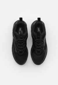 Calvin Klein Jeans - CHUNKY SOLE LACEUP - Trainers - black - 3