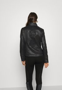 Desigual - CHAQ SVEN - Faux leather jacket - black - 2