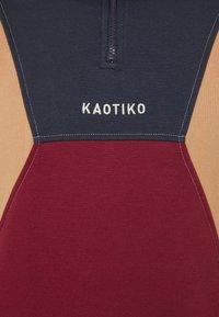 Kaotiko - CREW ARNOLD UNISEX - Sweatshirt - granate/marino - 6