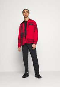 The North Face - CAMPSHIRE - Fleecová bunda - red - 1