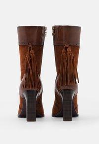Tamaris Heart & Sole - BOOTS - Kozačky na vysokém podpatku - brandy - 3