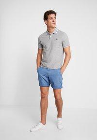 GAP - STRETCH LIVED - Shorts - dobby blue - 1