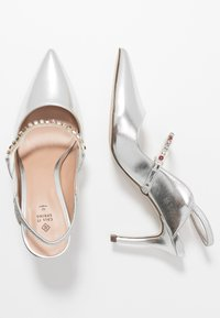 Call it Spring - OULAYA - Tacones - silver - 2