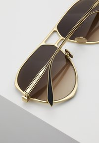 Alexander McQueen - Sunglasses - gold-coloured/brown - 5