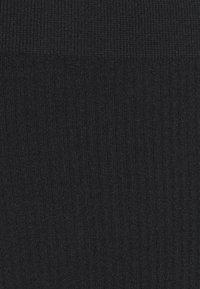 Cotton On Body - SEAMFREE HI SIDE BRASILIANO 3 PACK - Slip - black/black/black - 3