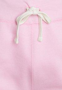 Polo Ralph Lauren - THE CABIN FLEECE SHORT - Shorts - carmel pink - 2